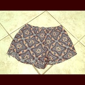 Abercrombie & Fitch Tribal Shorts Medium